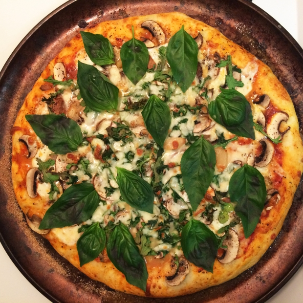 The best homemade pizza recipe (and the best night-before, pre-long run training fuel!)