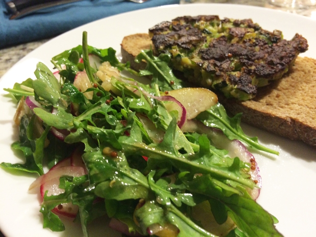 Zucchini and broccoli fritters with a mock-up Asian Pear Salad | THE REAL LIFE | food, fitness, healthy eating, indulging, intuitive eating, weight maintenance, week recap, week after running a race