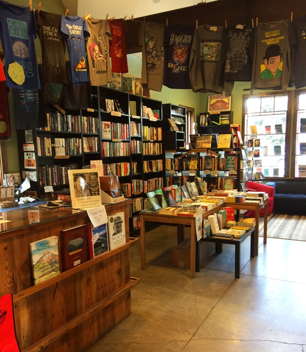 Townie Books bookstore in Crested Butte, Colorado | THE REAL LIFE | travel, Rocky Mountain getaways, running, fitness, food, restaurants