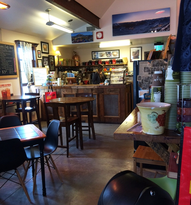 Rumors Coffee and Tea House in Crested Butte, Colorado | THE REAL LIFE | travel, Rocky Mountain getaways, running, fitness, food, restaurants