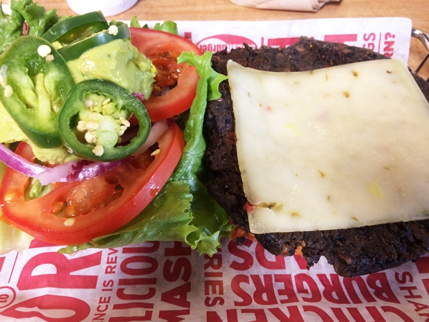 Spicy Baja Black Bean Burger from Smash Burger | THE REAL LIFE | food, recipes, meals, vegetarian, whole foods, cooking, healthy eating, fitness