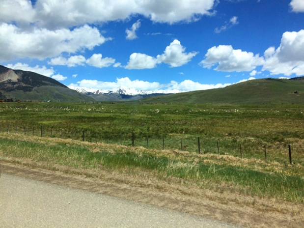 The scenic drive from Denver to Crested Butte, Colorado | THE REAL LIFE | travel, Rocky Mountain getaways, running, fitness, food, restaurants