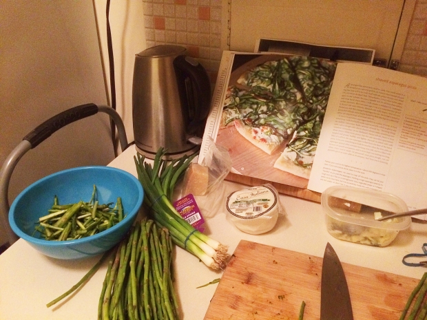 Asparagus and Green Onion Pizza 1