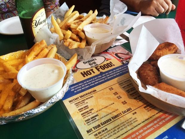 feast-at-cruisers-grill-jacksonville-beach-florida