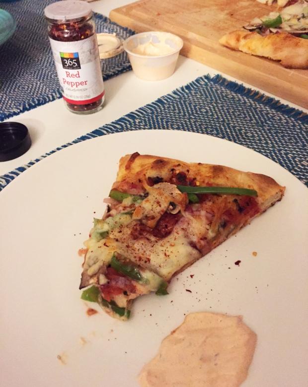 copycat-cosmos-pizza-with-leftover-spicy-ranch