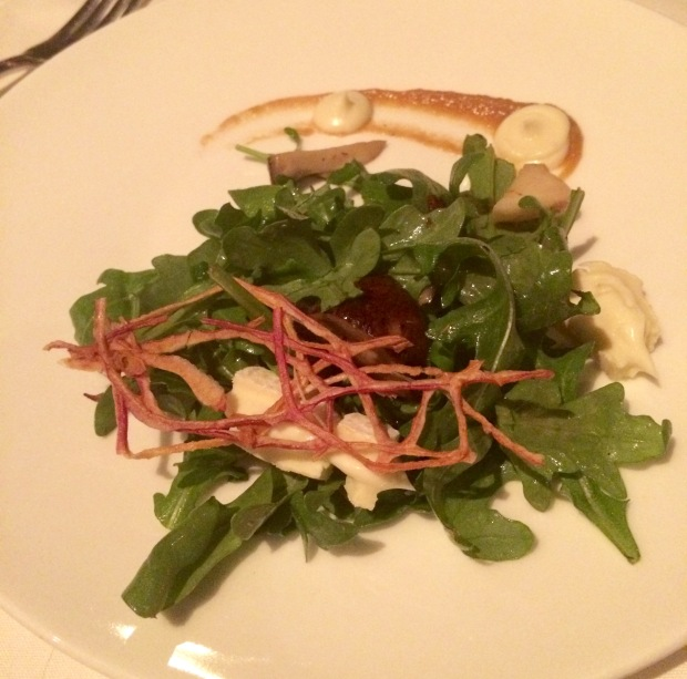 barolo-grill-denver-rucola-e-funghi-arugula-roasted-mushrooms-robiola-cheese-cipollini-onion-puree-sweet-garlic-crema-banyuls-vinaigrette