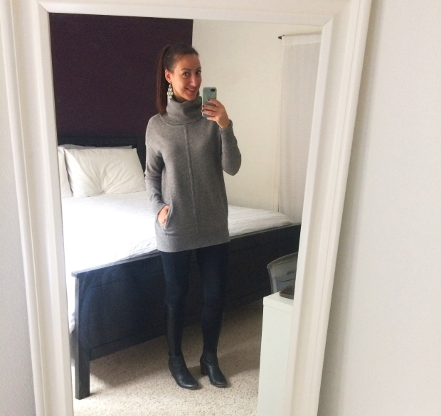 Stitch Fix gray turtleneck sweater with black moto leggings! | outfits of the week | THE REAL LIFE blog, food, fitness, fashion