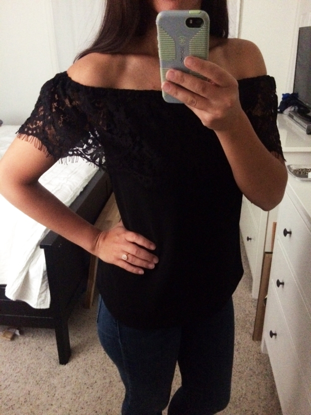 Stitch Fix for Summer_Rawley Convertible Off-The-Shoulder Top close up of detailing
